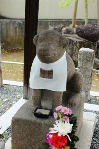 王寺町指定文化財になった石造雪丸像