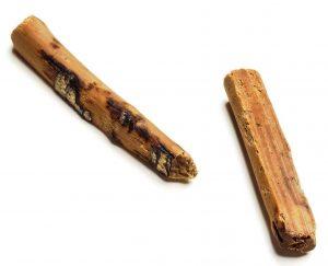 古代のすごろくで使われたサイコロ「かり」の可能性がある木製品(奈良文化財研究所提供)